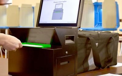 How to use our new voting machines!